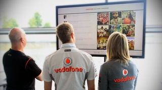 Tweet McLaren! New live fan feed launched